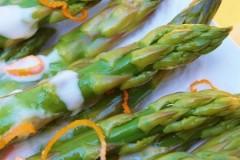 asparagi all'arancia,asparagi,arance,ricette di cucina,maionese,antipasti,contorni,secondi,