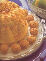 sformato di amaretti con salsa allo zabaglione,sformato dolce,dolce agli amaretti e zabaglione,dolce di natale,dolce delle feste,amaretti,zabaglione,
