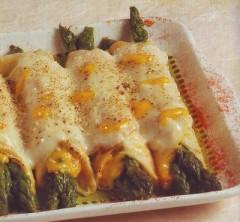 Crepes ripiene asparagi e zafferano.jpg
