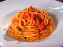 spaghetti aglio olio e peperoncino rosati,spaghetti aglio olio e peperoncino,pasta al peperoncino,pasta piccante,