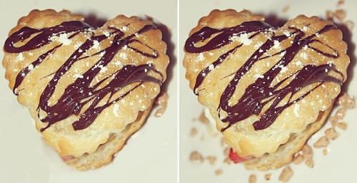 cuor di biscotti alla crema,biscotti festa della donna,biscotti san valentino,biscotti farciti,crema,