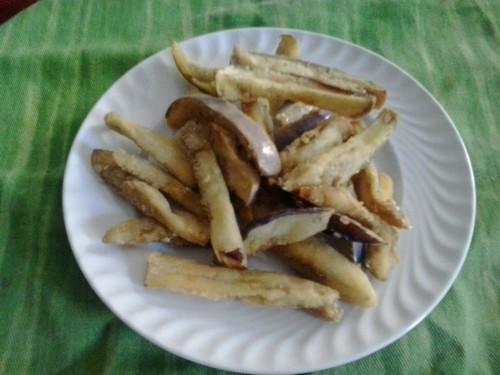 bastoncini di melanzane fritte(specialità calabrese)