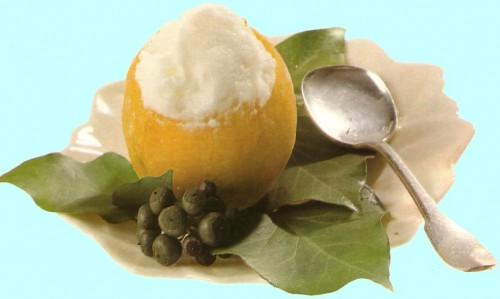 gelato fatto a mano di yogurt e limone