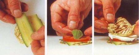 dischetti di melanzane grigliate,melanzane farcite,melanzane,pomodori,basilico,
