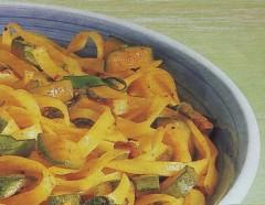 Tagliatelle con zucchine e zafferano.jpg