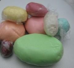 marshmallow fondant colorata.jpg