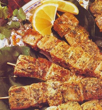 spiedini di tonno,spiedini di pesce,spiedini,tonno,ricette di pesce,ricette di cucina,ricette facili,