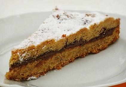 Crostata farcita agli Amaretti e cioccolato